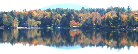 Foliage-Pleasant-Lake