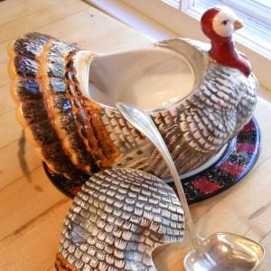 turkey gravy boat