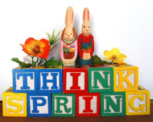 Easter_Bunnies_Think_Spring