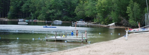 swimming_Pleasant_Lake