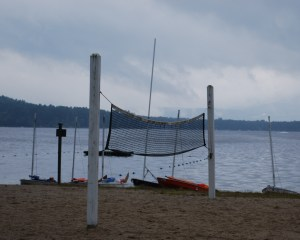 rainy_day_pleasant_lake