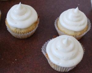 coconut_cupcake_01