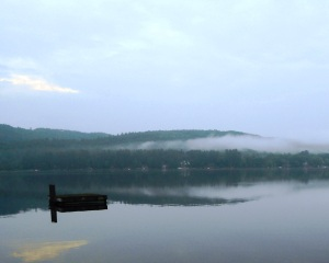 misty_morning_Pleasant_Lake