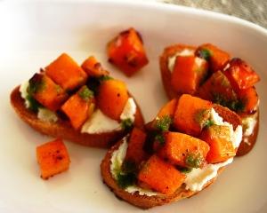 Sweet_Potato_Goat_Cheese_Crostini_02