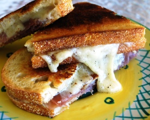 grilled_swiss_cheeses_proscuitto_05