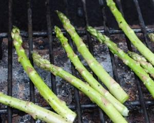 grilling_asparagus_02