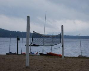 rainy_day_pleasant_lake