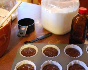 making_choc_cupcakes_02