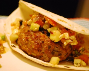 Turkey_Burger_Greek_Salsa_03