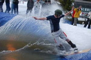 Slush_Cup_Ragged_01
