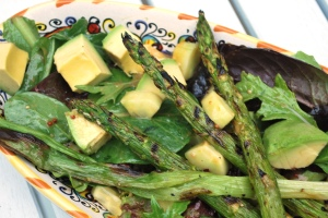 Mixed Greens_Grilled_Asparagus_Cucumber_Avocado_02