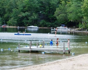 swimming_Pleasant_Lake_02
