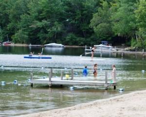 swimming_Pleasant_Lake_02