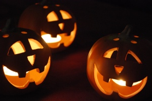 NYE_Halloween_10-11_01